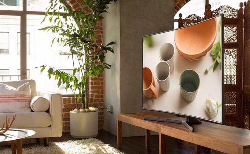 Smart Tivi 4K Samsung UA55NU7500 Thiết kế hiện đại