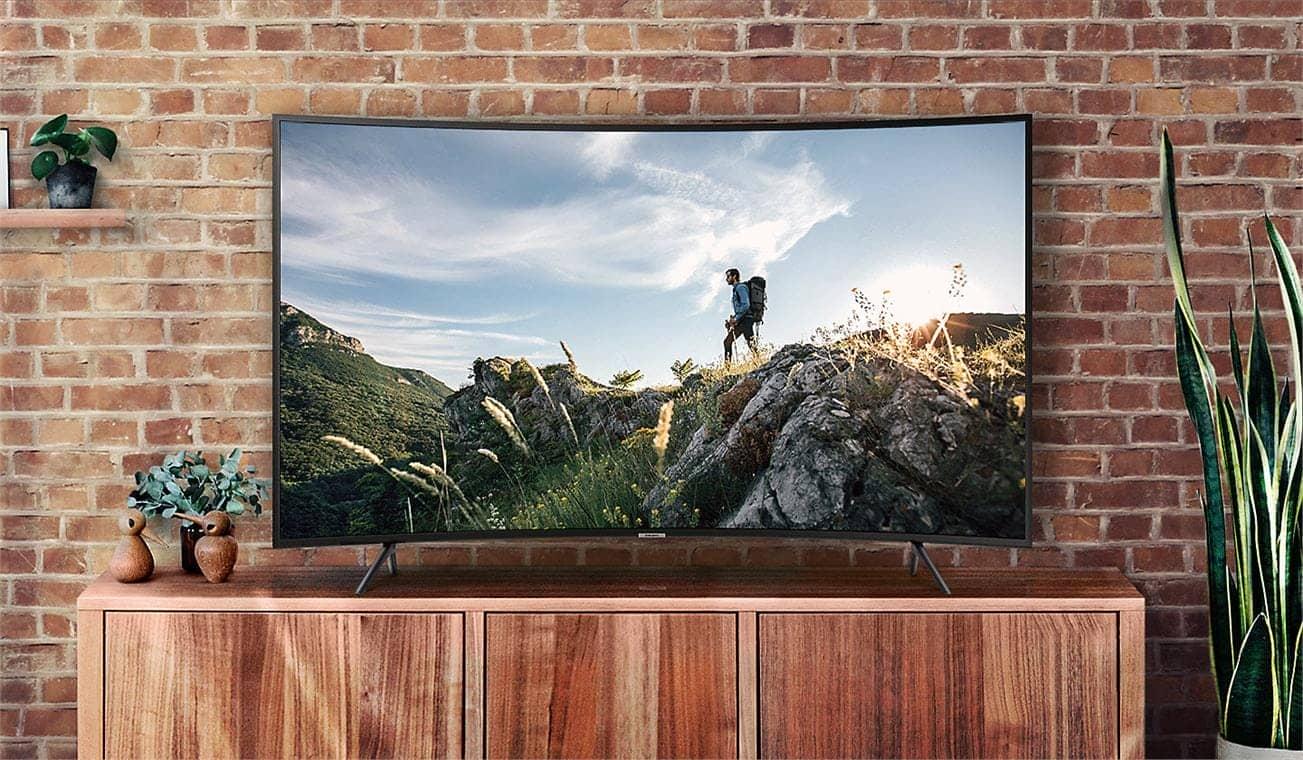 Smart Tivi 4K Samsung 55NU7300 Thiết kế hiện đại
