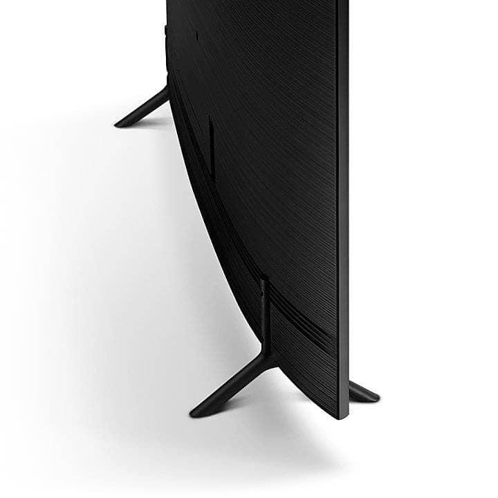 Smart Tivi 4K Samsung 55NU7300 thiết kế mỏng