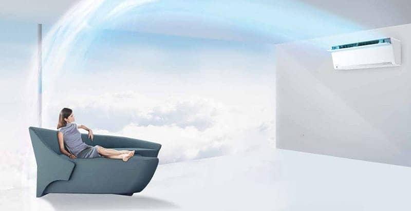Điều hòa 2 chiều Panasonic Inverter 9000 BTU CU/CS-VZ9TKH không khí tỏa đều