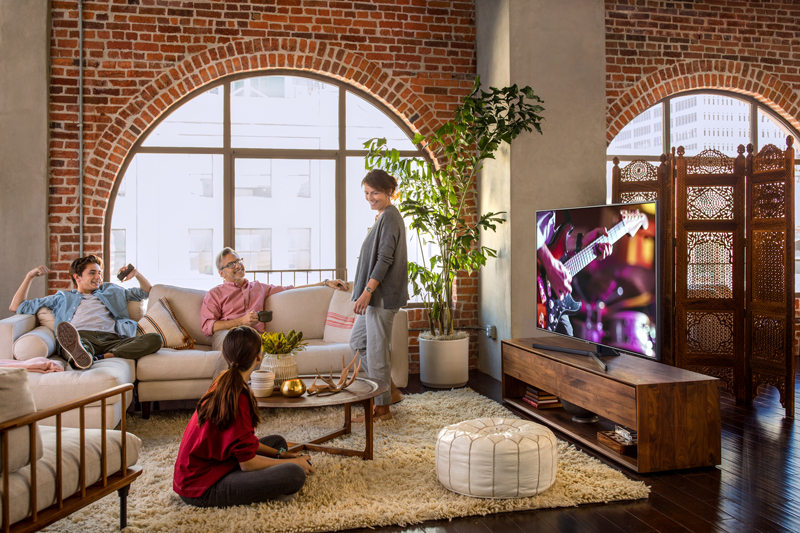 Smart Tivi Samsung 4K 65 inch UA65NU7400 Thiết kế đẹp mắt