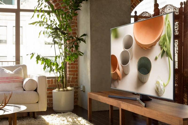 Smart Tivi Samsung 4K 50 inch UA50NU7400 Thiết kế mỏng, hiện đại