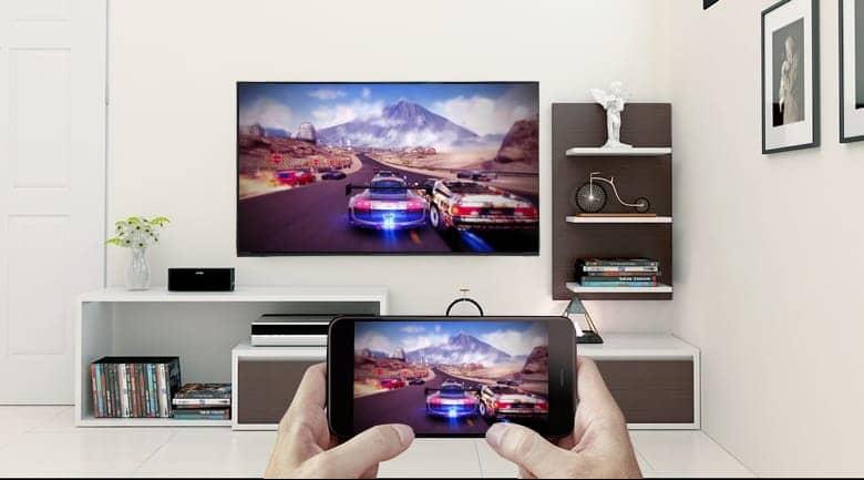 Smart Tivi Sony 4K 55 inch KD-55X7000F trình chiếu màn hình điện thoại